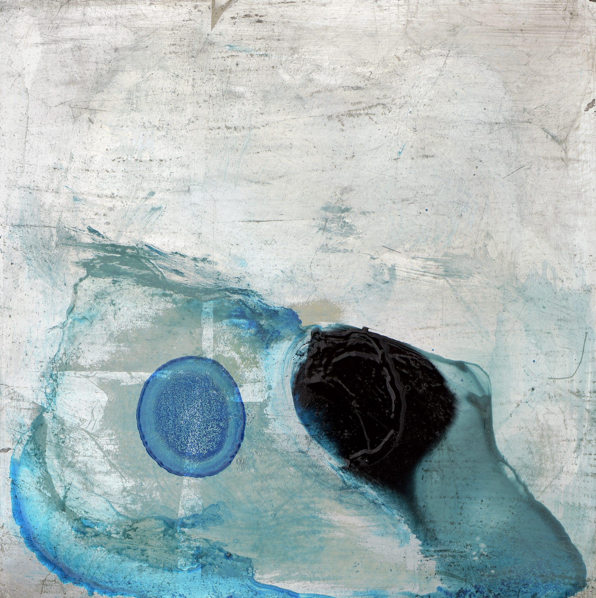 Underwater Balloon by Alice Cescatti